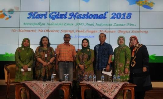 Diskusi Publik, dengan tema Anak Indonesia Zaman Now, No Malnutrisi, No Obesitas, Sayangi Anak dengan Makanan Bergizi Seimbang