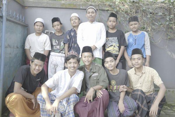 Berbagai Cara Untuk Bahagia : Taman Baca Al Quran Rumpin Bogor